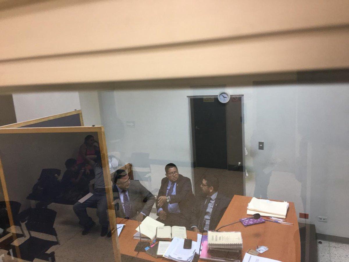 En el Juzgado de Turno de Femicidio compareció el exjefe de seguridad del OJ, Roberto Mota Bonilla. (Foto Prensa Libre: Juan Carlos Pérez)