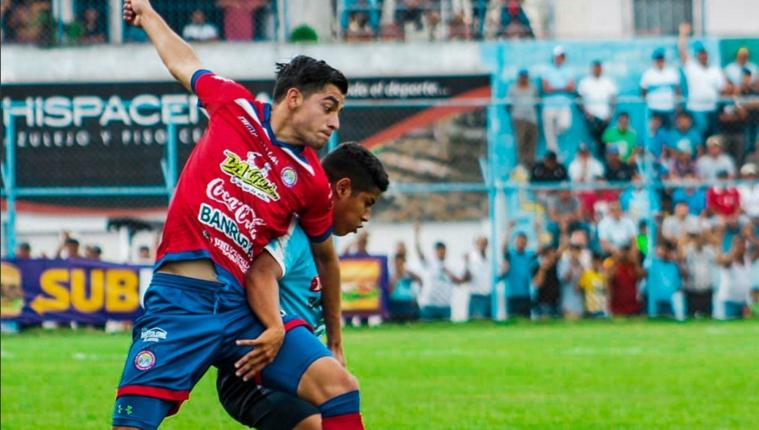 El cuadro altense intentó rescatar el empate pero los orientales supieron plantarse bien en casa. (Foto Prensa Libre: Xelajú MC)