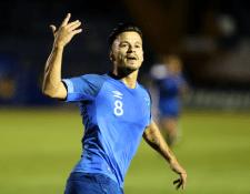 Stefano Cincotta celebra después de anotar el gol con el que  la Bicolor se encuentra en ventaja contra Costa Rica. (Foto Prensa Libre: Carlos Vicente)