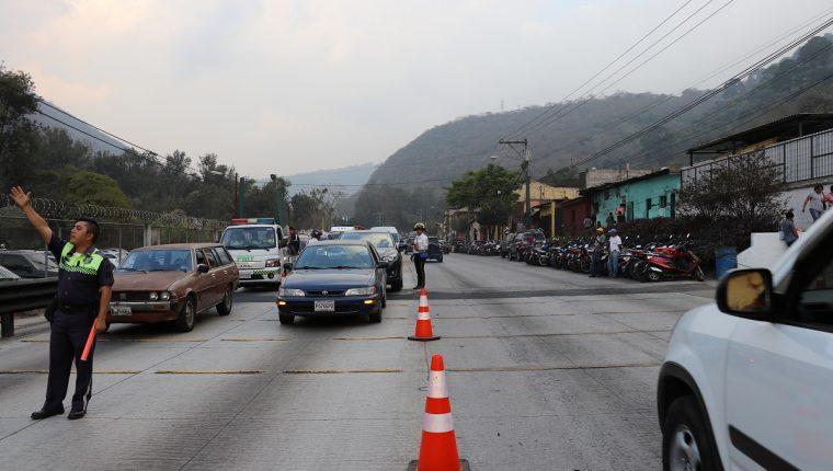 Durante la Cuaresma autoridades de Antigua Guatemala ponen en marcha un plan para regular el tránsito. (Foto Prensa Libre: Julio Sicán).