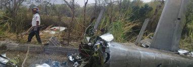 La aeronave que era piloteada por Rodrigo Ibargüen y en la que también viajaba Pablo Guillén (Foto Prensa Libre: Bomberos Voluntarios).