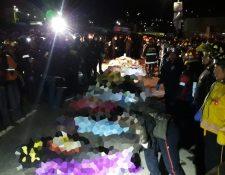 Cuerpos de las víctimas del accidente en Nahualá. (Foto Prensa Libre: Víctor Chamalé)