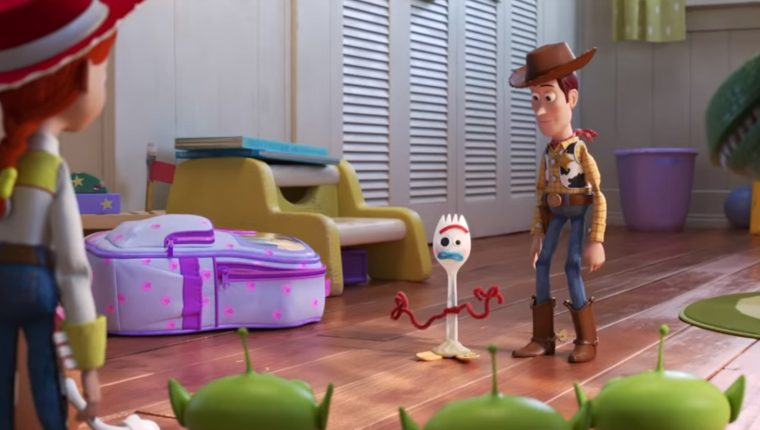 Toy Story 4 presenta nos presenta la historia de Forky, un juguete hecho a partir de un tenedor. (Foto Prensa Libre: YouTube)