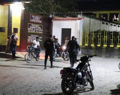 Esta es la panadería que fue asaltada en Morales, Izabal. (Foto Prensa Libre: Dony Stewart)