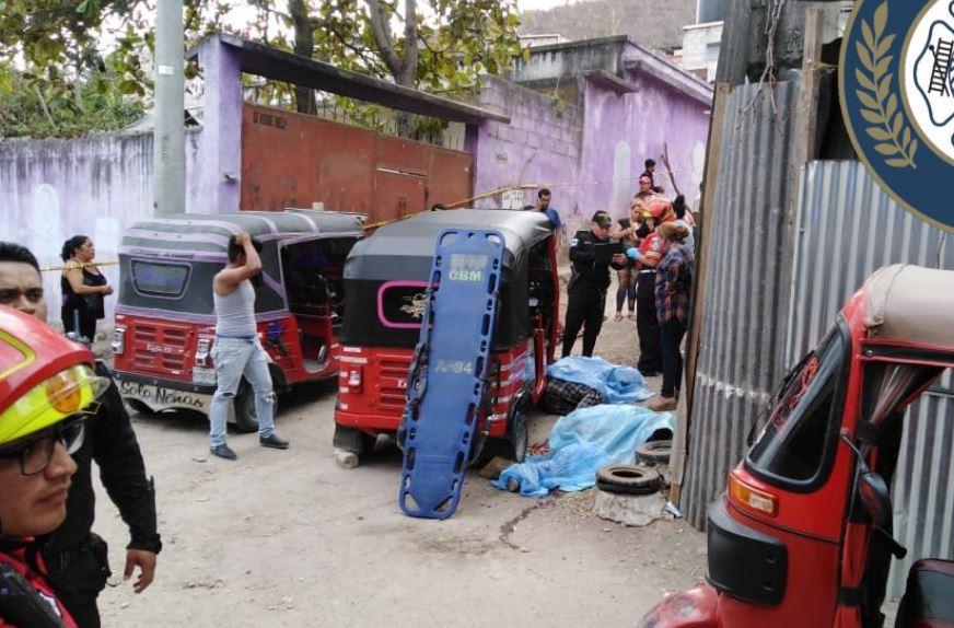 Supuestos pilotos de mototaxis fueron ultimados por sicarios. (Foto: Bomberos Municipales)
