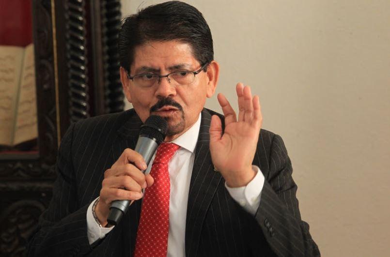 El decano de la Facultad de Ciencias Jurídicas y Sociales, de la Usac, Dimas Gustavo Bonilla, fue citado ante el juez Víctor Cruz. (Foto Prensa Libre: Hemeroteca PL)