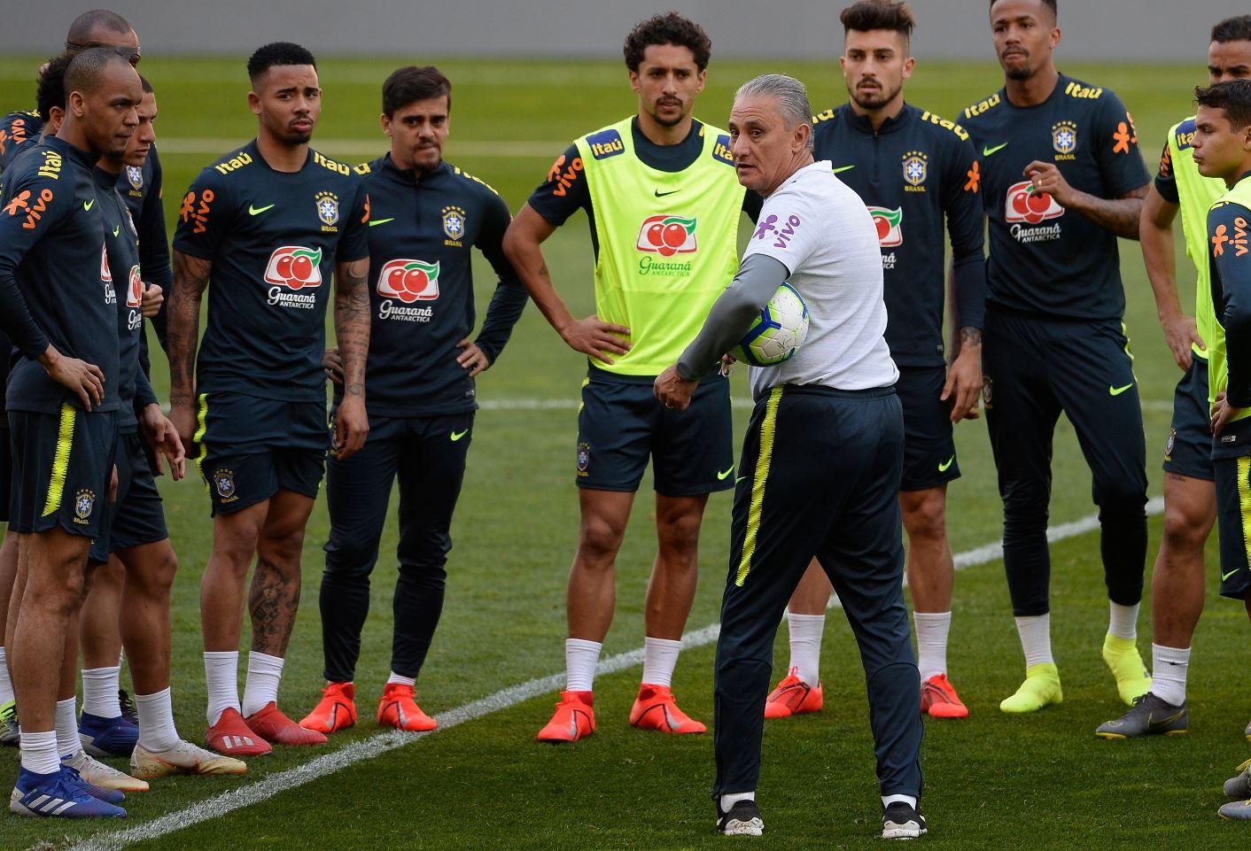 La Selección de Brasil durante el trabajo en Portugal antes de enfrentar a Panamá. (Foto Prensa Libre: AFP).