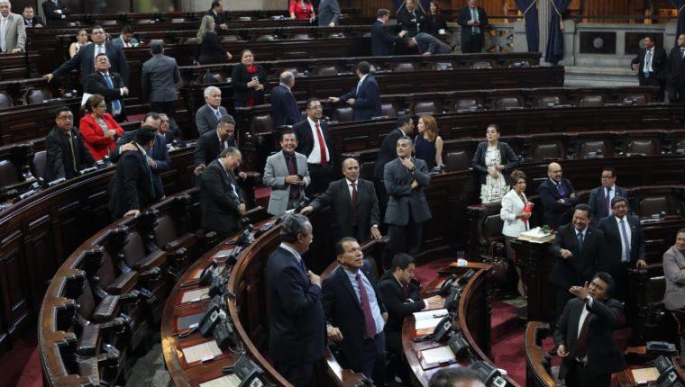 La polémica reforma a la Ley de Reconciliación dio un paso más a su aprobación.  (Foto Prensa Libre: Érick Ávila)