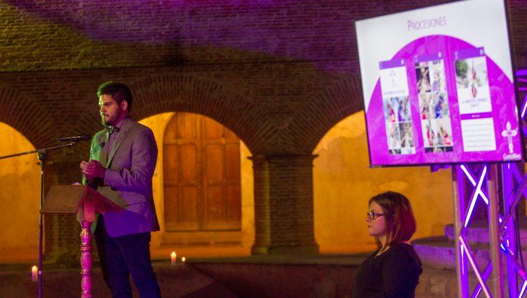 Felipe Hernández presentó Cuaresmaps, una aplicación que mostrará en tiempo real todos los movimientos y ubicaciones de las procesiones que se realizan en Antigua Guatemala.