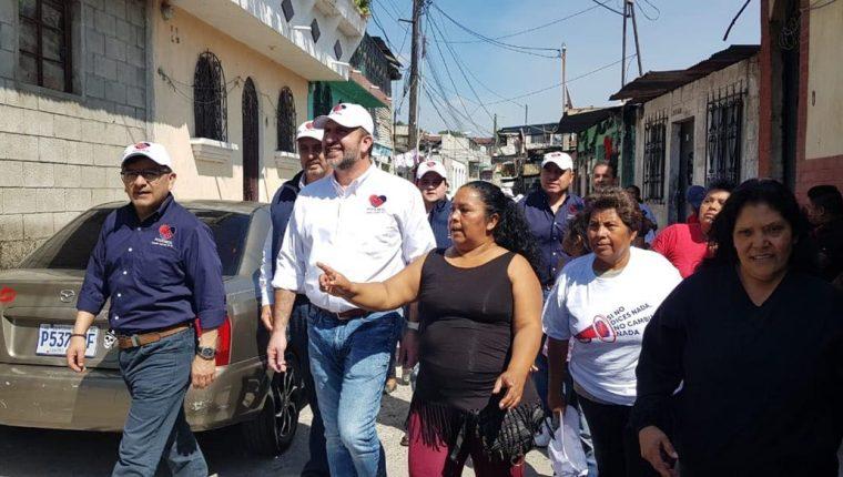 Roberto Arzú ya había sido advertido por el TSE de que podía estar incurriendo en campaña anticipada. (Foto: Hemeroteca PL)