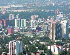 La construcción de más edificios demanda la perforación de más pozos para extracción de    agua, según Funcagua.(Foto Prensa Libre: Hemeroteca PL)