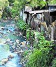 La mayoría de los ríos en el país están contaminados, reiteraron expertos.(Foto Prensa Libre: Hemeroteca PL)