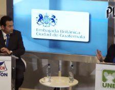 Candidatos que pasaron a segunda vuelta en 2015 presentaron su plan de gobierno el 6 de octubre de ese año, en un foro organizado por Prensa Libre, Guatevisión y la Embajada Británica. Foto: HemerotecaPL