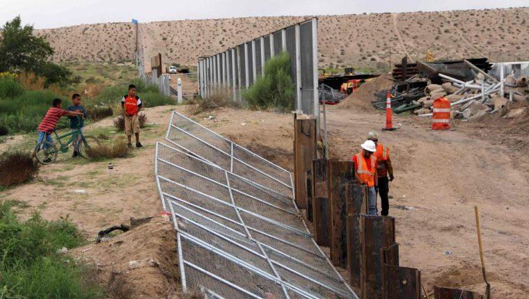 Donald Trump ha insistido en la necesidad de que se siga construyendo el muro fronterizo con México. (Foto Prensa Libre: Hemeroteca PL)