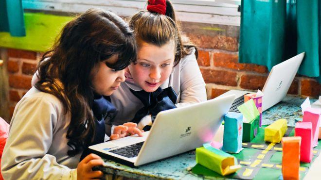 El programa de educación emocional está alcanzando este año a unos 10.000 alumnos de Uruguay en 40 centros tanto privados como públicos.  PLAN CEIBAL MATILDE CAMPODONICO