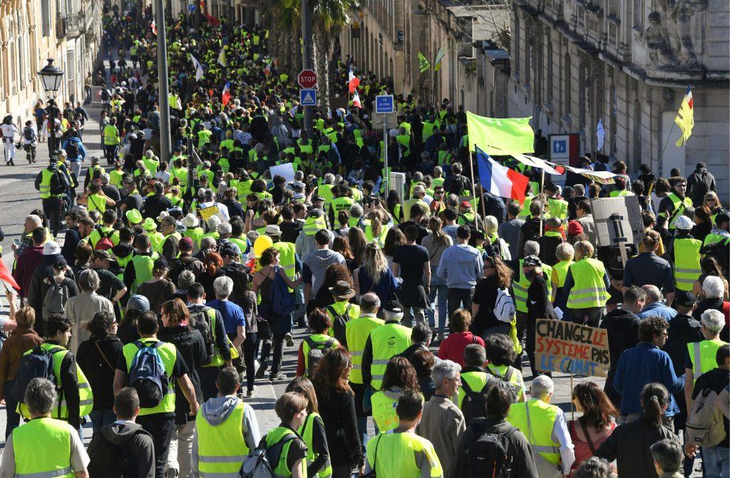 Protesta nacional contra las políticas del presidente francés y su estilo de gobierno. Foto Prensa Libre: AFP