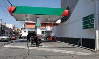 El precio del galón de gasolina en Huehuetenango se incrementó Q1 durante el fin de semana. (Foto Prensa Libre: Mike Castillo)