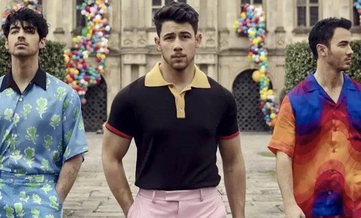 """Jonas Brothers  promociona la canción  """"Sucker"""".  (Foto Prensa Libre: Universal Music)"""