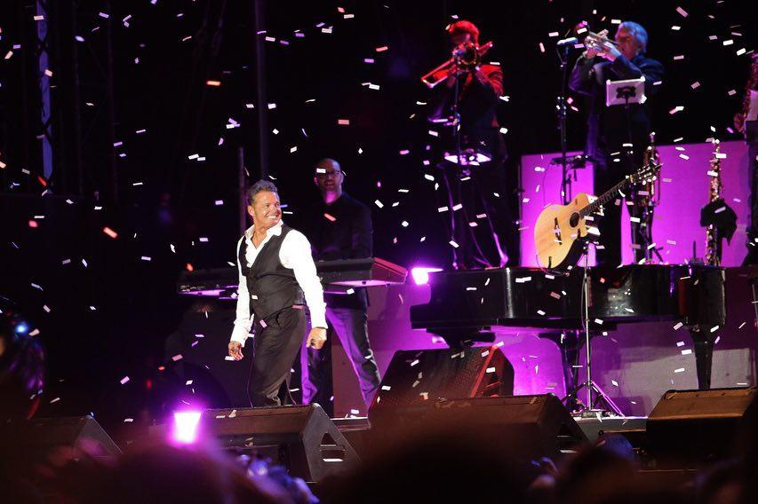 """Luis Miguel promociona sus éxitos durante la gira """"Tour 2019"""".  (Foto Prensa Libre: Instagram/lmxlm)"""