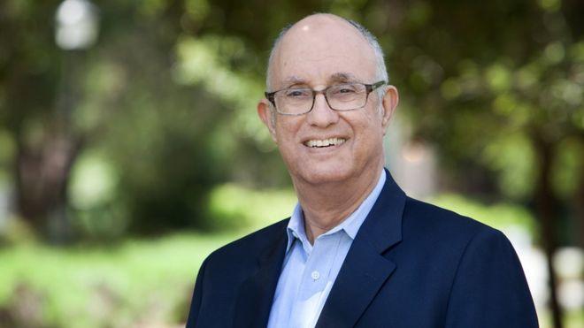 """Jeffrey Pfeffer, profesor de la Universidad de Stanford, es autor del libro """"Muriendo por un salario""""."""