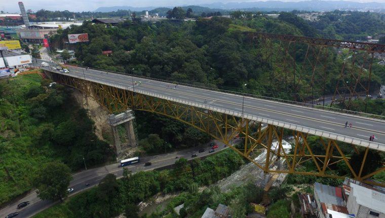 Durante este fin de semana, el puente Belice permanecerá cerrado por reparaciones. (Foto Prensa Libre: Hemeroteca PL)