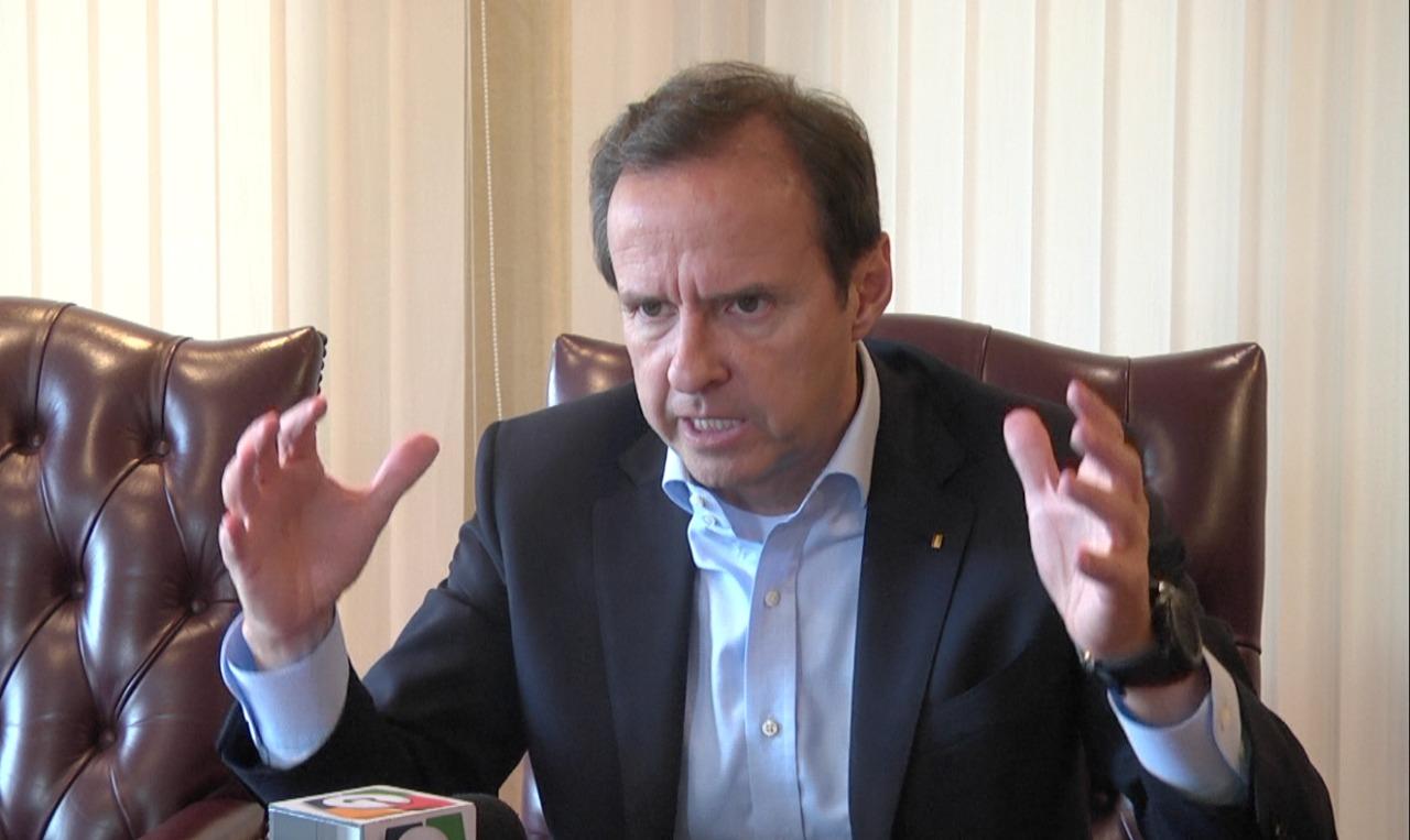 Jorge Quiroga, expresidente de Bolivia, habla sobre los desafíos de los países frente al narcotráfico, la corrupción y el autoritarismo.