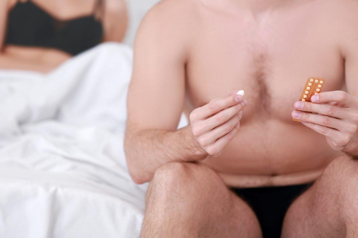 Preparan píldora anticonceptiva para hombres, que podría disminuir la producción de esperma