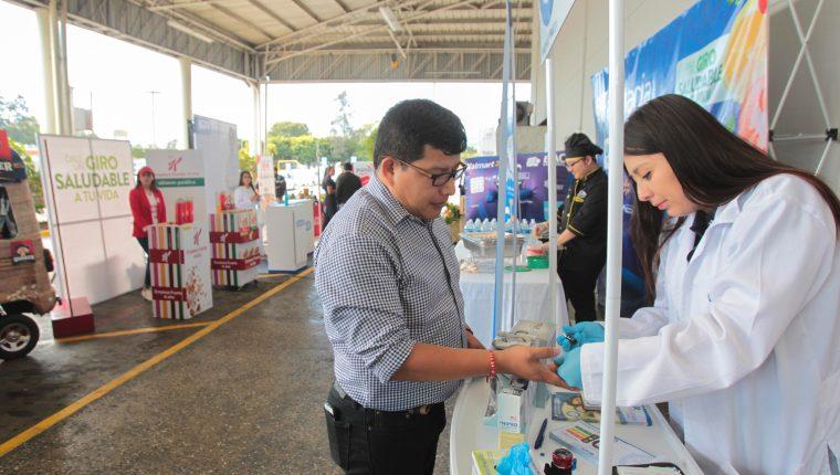 Walmart realizó la primera feria de la salud regional, y en Guatemala lo hizo en Walmart Roosevelt y Norte