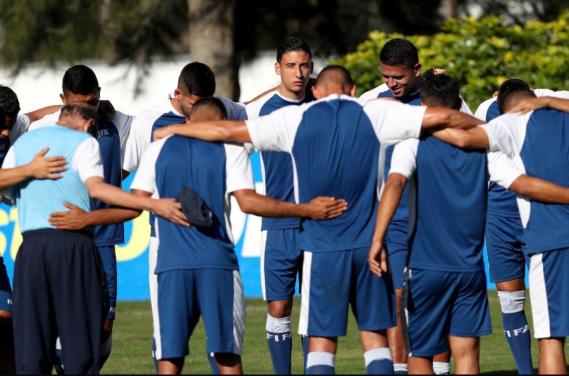 La Selección de Guatemala se prepara para el amistoso del próximo viernes en el Estadio Doroteo Guamuch Flores. (Foto Prensa Libre: Carlos Vicente).
