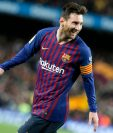 Lionel Messi espera tener una noche mágica en el Teatro de los Sueños. (Foto Prensa Libre: AFP)