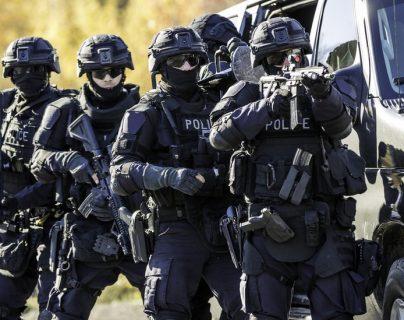 La broma conlleva el despliegue de equipos de seguridad especiales.