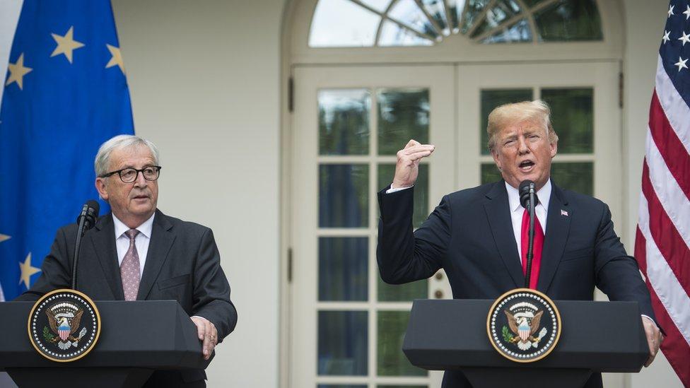 Desde que el gobierno de Trump impuso aranceles a las exportaciones de acero y aluminio procedentes de la UE, las relaciones comerciales bilaterales se han tensado. (GETTY IMAGES)