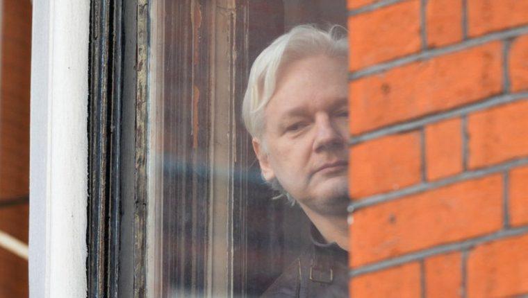 Julian Assange se encontraba en la Embajada de Ecuador desde 2012.