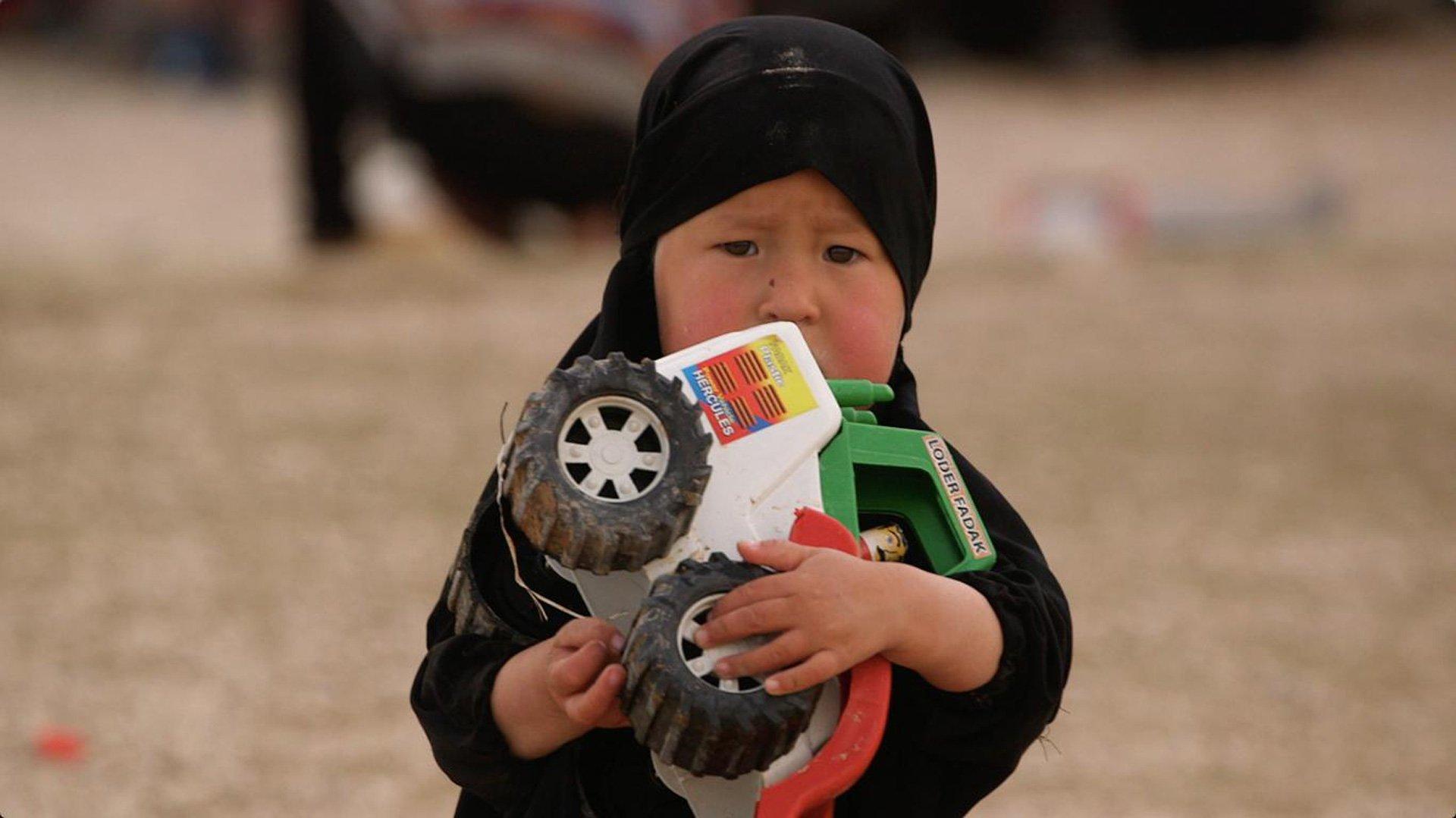 En Al Hol están las mujeres y los niños perdidos del grupo autodenominado Estado Islámico, abandonados por todos.