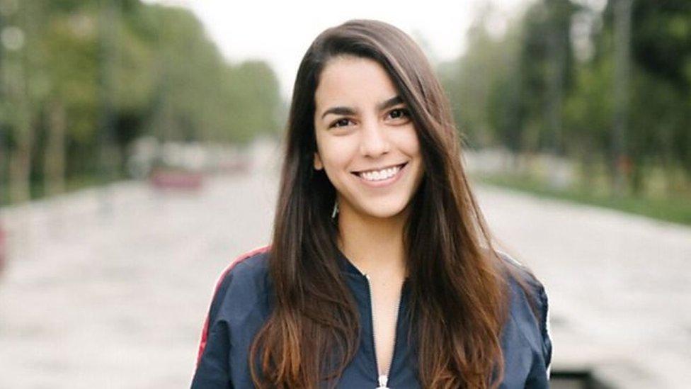 Después de sufrir porno venganza, la mexicana Ana Baquedano decidió contar su historia en público para ayudar a otras víctimas.
