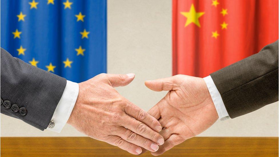 Qué inversiones está haciendo China en Europa (y cómo la UE quiere frenar la expansión del gigante asiático en el continente)