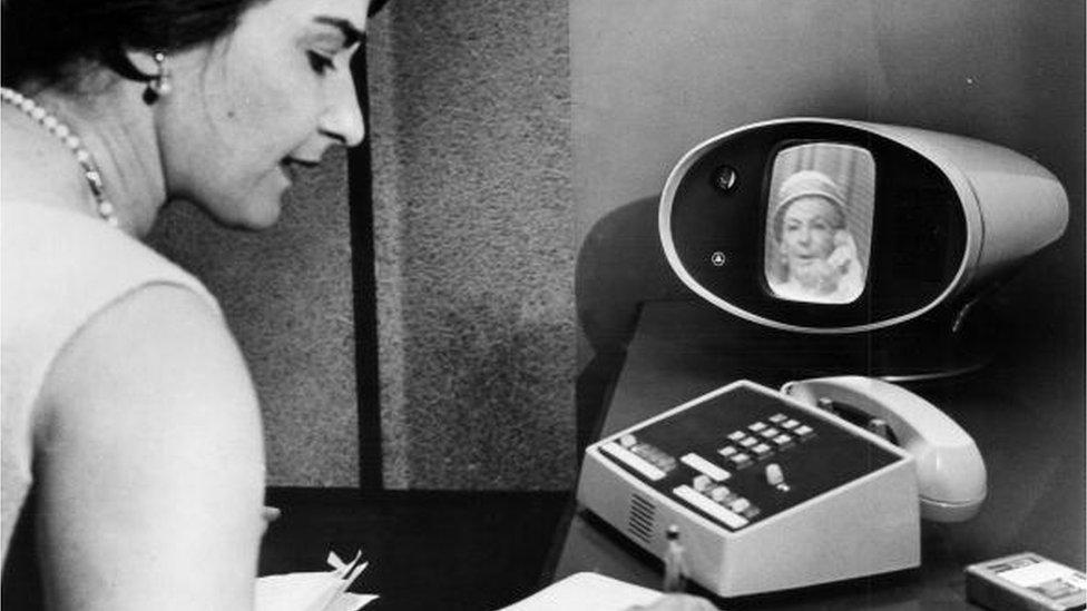 Cómo se hacían las videollamadas hace más de medio siglo y por qué ese sistema resultó un fracaso