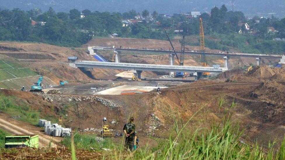 China ya ha financiado trenes, carreteras y puertos en el marco del proyecto de la Nueva Ruta de la Seda.