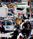 Uber publicó por primera vez datos compilados sobre incidentes relacionados a agresiones sexuales, violaciones, homicidios y accidentes de tránsito ocurridos en vehículos de su plataforma. (Foto Prensa Libre: EFE)