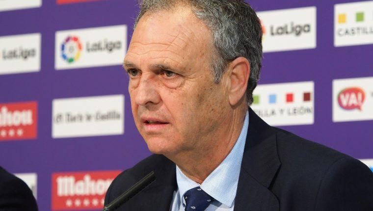El técnico del Sevilla, Joaquín Caparrós anunció que padece leucemia crónica. (Foto Prensa  Libre: EFE)