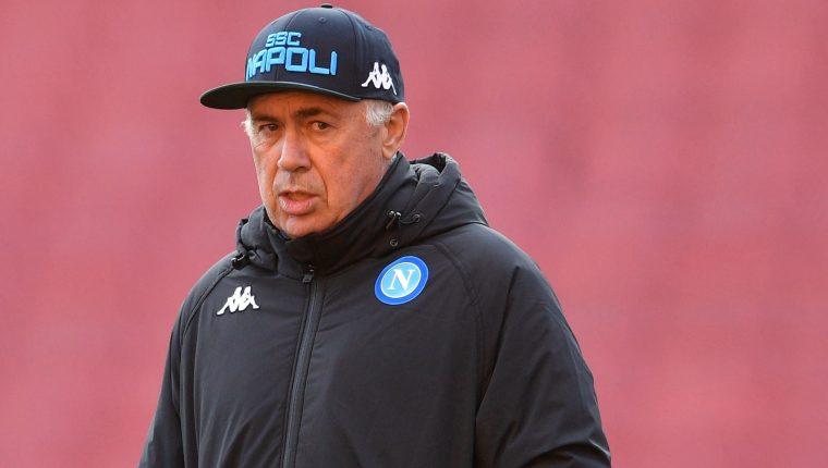 El entrenador Carlo Ancelotti está molesto por las condiciones de los vestuarios. (Foto Prensa Libre: EFE)