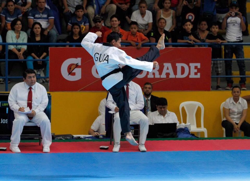 Así fue la impecable rutina de José Ixtacuy para ganar medalla de oro en el Open de Taekwondo de México