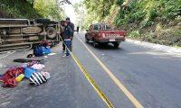 Los accidentes de tránsito han sido la principal causa de muerte en esta Semana Santa. (Foto Prensa Libre: Mynor Toc)