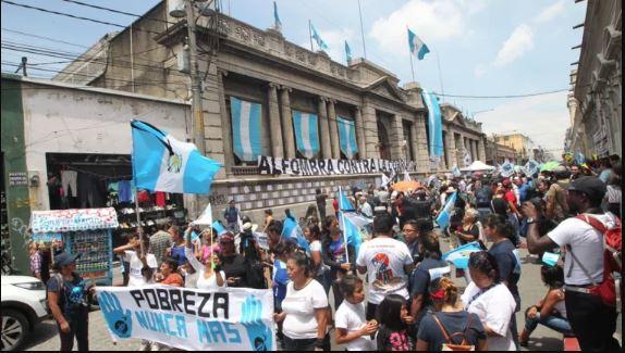 En general la población tiene poca confianza en las instituciones públicas y los organismos del Estado. (Foto Prensa Libre: Hemeroteca PL)
