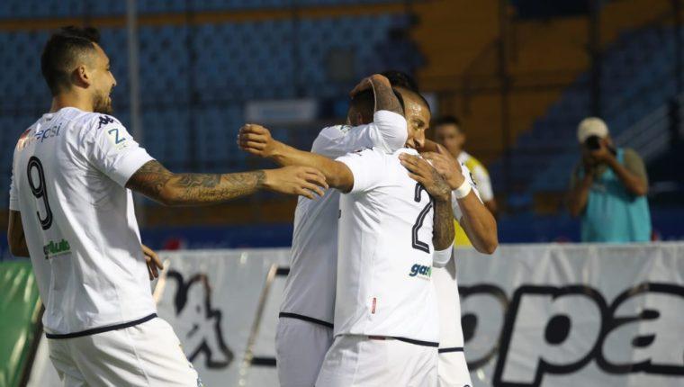 Comunicaciones logró un truinfo vital contra Malacateco y asciende en la clasificación. (Foto Prensa Libre: Esbin García).