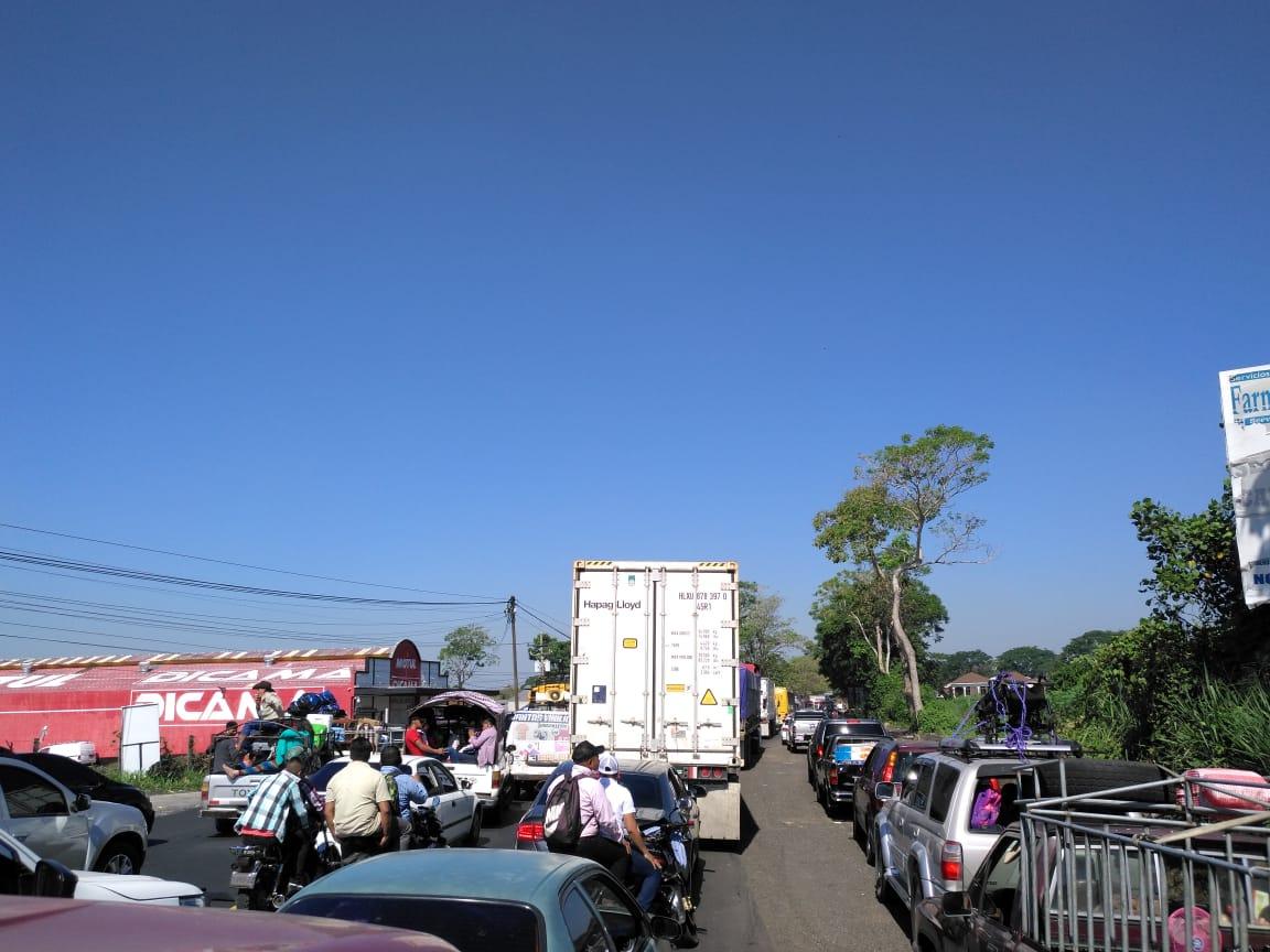 Accidente en la Costa Sur afecta ambos sentidos de la vía entre Mazatenango y Cuyotenango