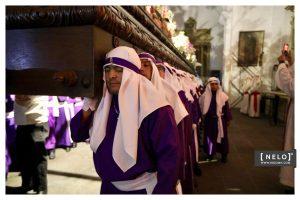 Este Viernes Santo se lleva a cabo la procesión de Jesús de la Merced en Antigua Guatemala. Foto Prensa Libre: cortesía Nelo Mijangos