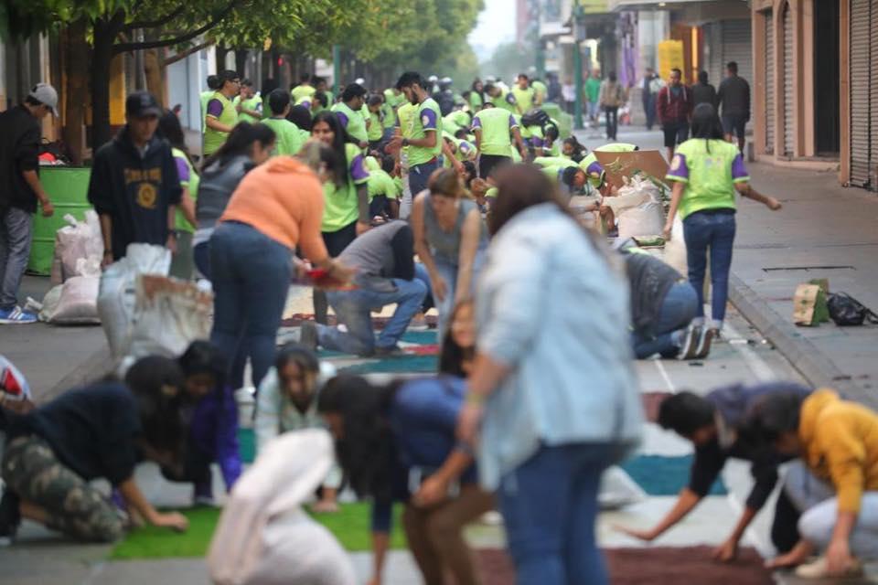 Las personas fueron convocadas al Paseo de la Sexta a las 4 de la mañana. Foto Prensa Libre: Municipalidad de Guatemala