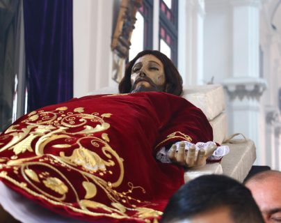 Santo Cristo Yacente de la iglesia El Calvario, zona 1.