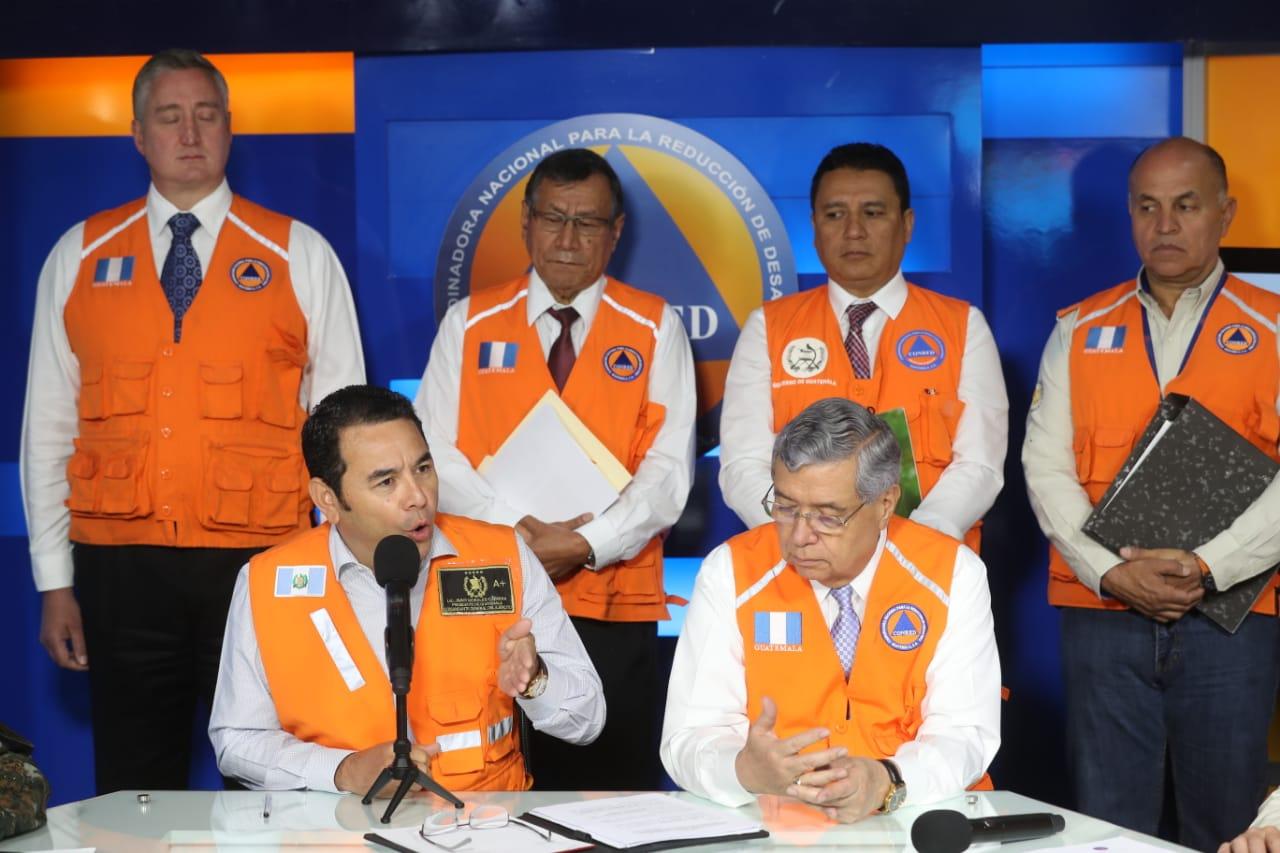 Presidente Jimmy Morales habla sobre el proceso electoral y las reuniones con candidatos presidenciales. (Foto Prensa Libre: Esbin García)